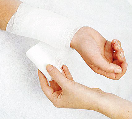 Broken knuckle - Standard First Aid Training